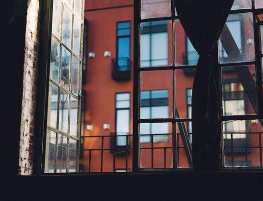 open-window-1246191_640-1