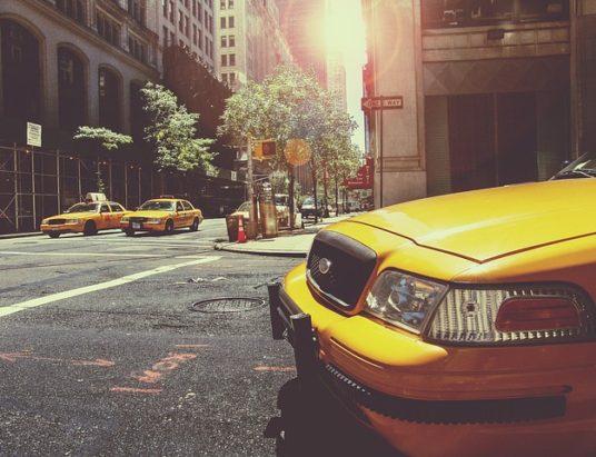 taxi-238478_640
